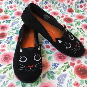 Bob's for Cats Skechers Black Canvas Shoes Sz 9.5